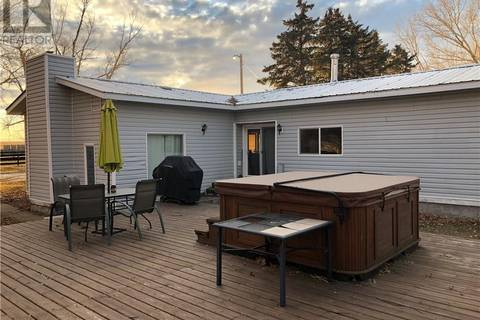 House for sale at  Hwy876 Other  Rural Newell County Alberta - MLS: sc0160823