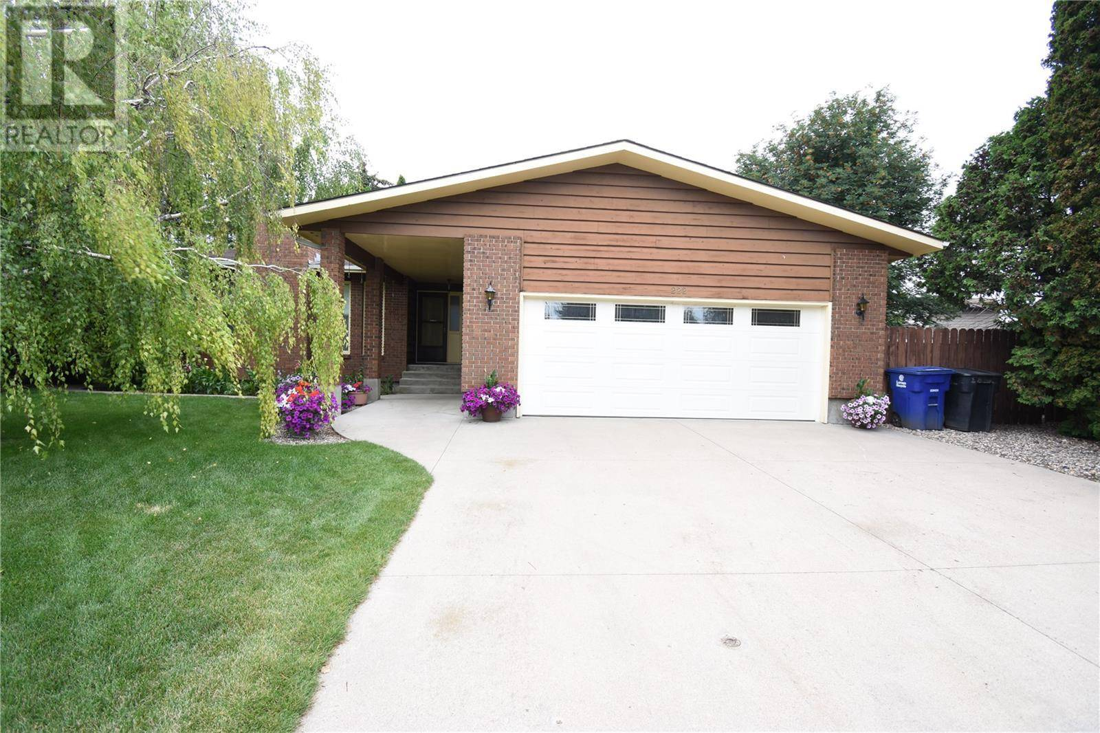 House for sale at  J.j. Thiessen Wy Saskatoon Saskatchewan - MLS: SK783418