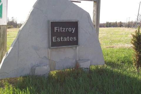 Home for sale at  Castleridge Ave Unit L28-72 Fitzroy Harbour Ontario - MLS: 1039546