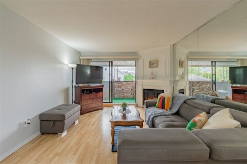 Condo for sale at 1040 Fourth Ave Unit L3 New Westminster British Columbia - MLS: R2513793