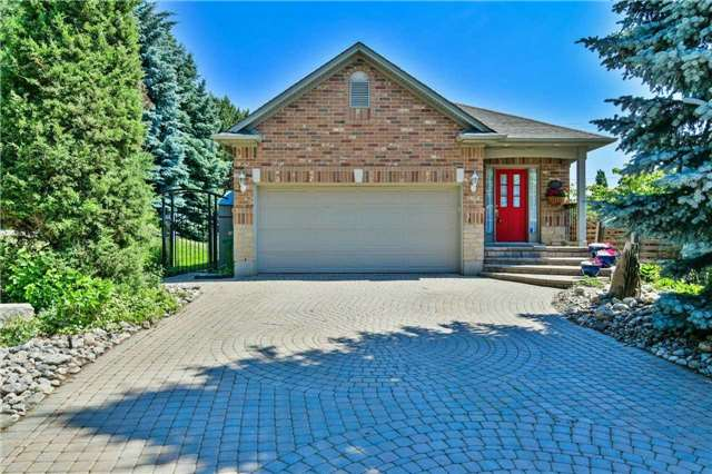 For Rent: 1109 Sabina Court, Mississauga, ON | 2 Bed, 3 Bath House for $3,395. See 20 photos!