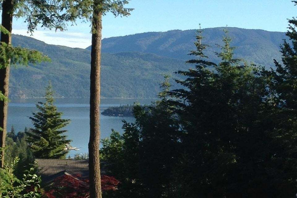 Home for sale at Lot 114 Golf Course Dr Blind Bay British Columbia - MLS: 10180308
