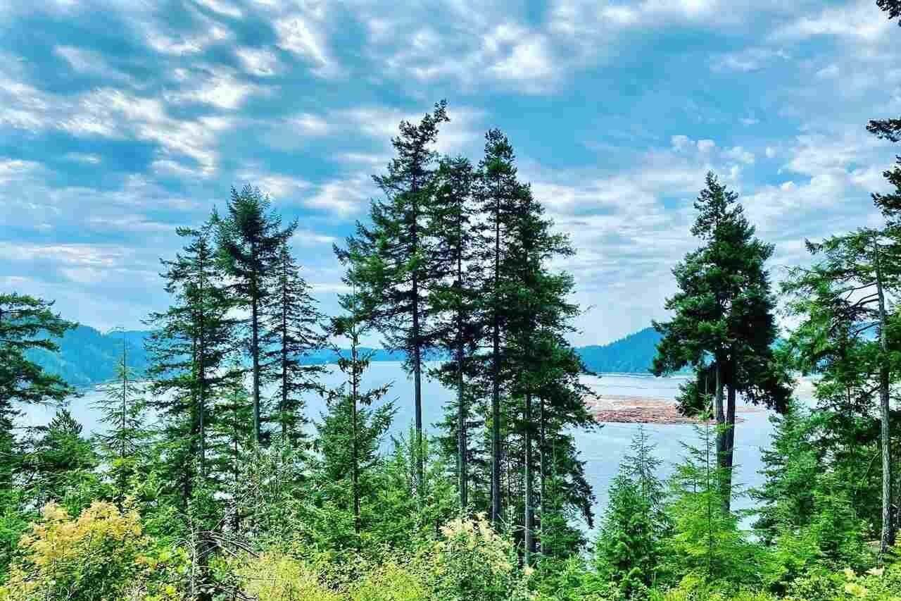 Residential property for sale at Lot 13 Witherby Point  Gibsons British Columbia - MLS: R2481761