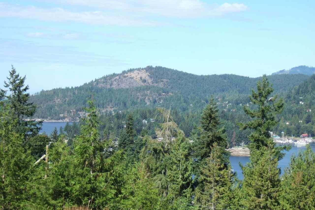 Home for sale at Lot 16 Cecil Hill Rd Madeira Park British Columbia - MLS: R2351331