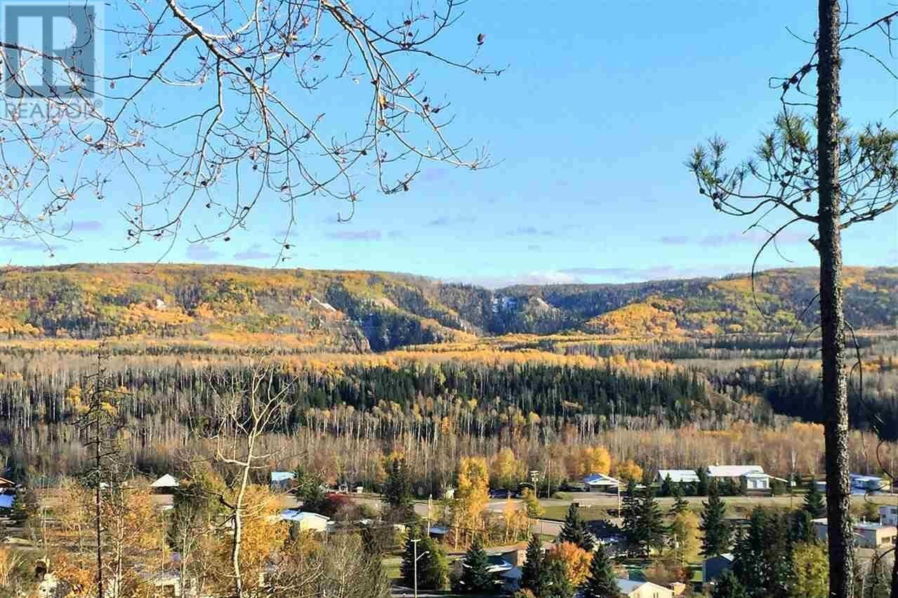 Residential property for sale at 2 Gaylor Ave Unit LOT Hudsons Hope British Columbia - MLS: R2115284