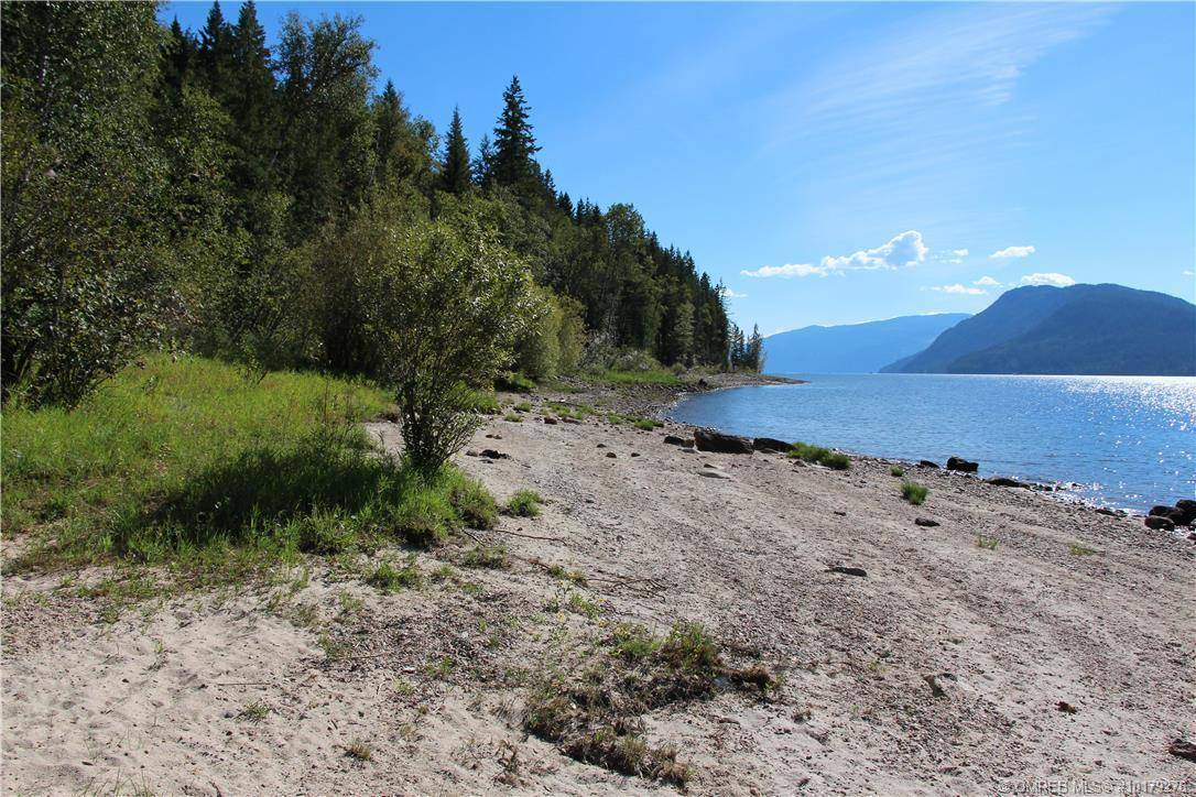 Home for sale at 2 Willows On Anstey Beach South Unit #Lot Sicamous British Columbia - MLS: 10179276
