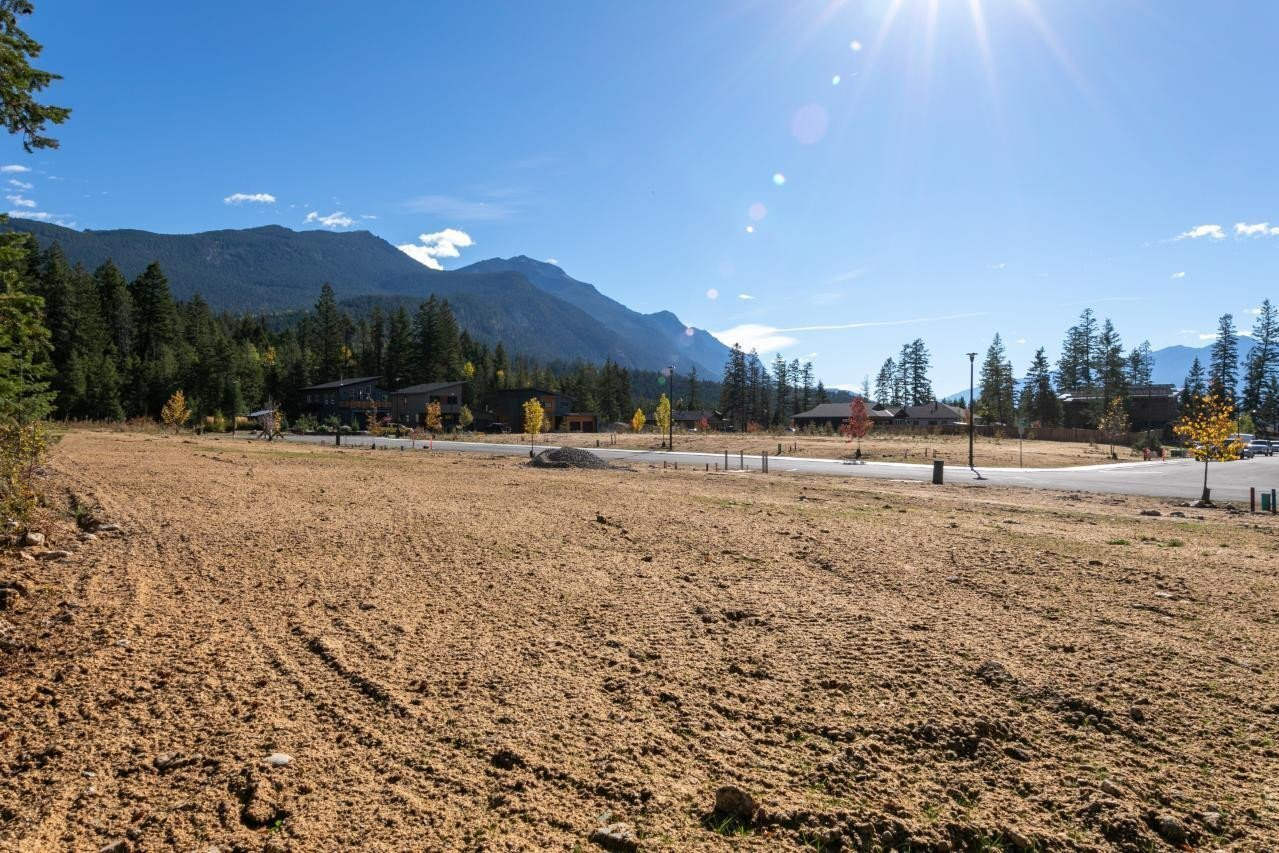 Residential property for sale at 22 - 1519 Willow Dr Unit LOT Golden British Columbia - MLS: 2454821