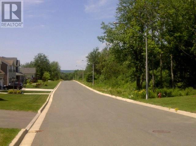 Buliding: Bi Centennial Drive, Woodstock, ON