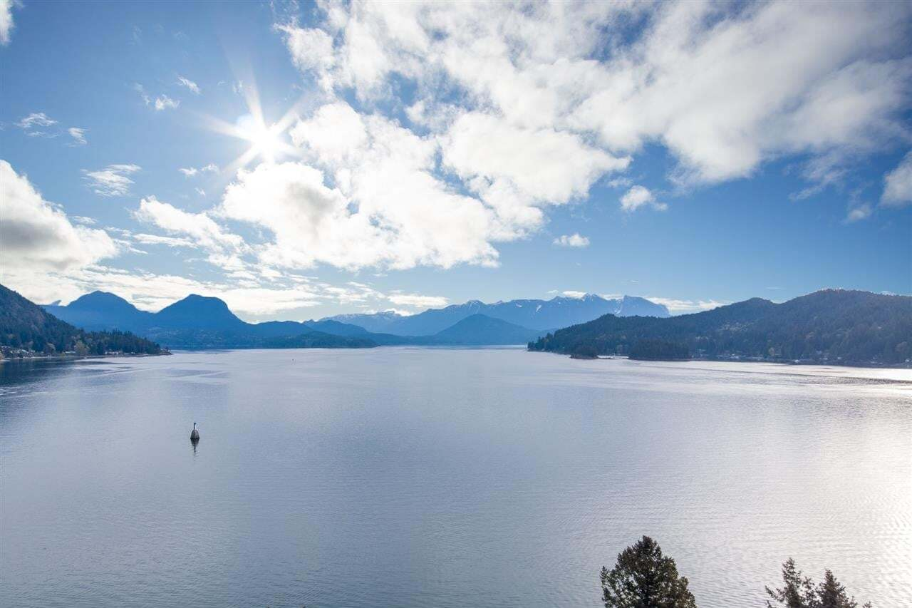 Home for sale at Lot 28 Skyline Dr Gibsons British Columbia - MLS: R2451029