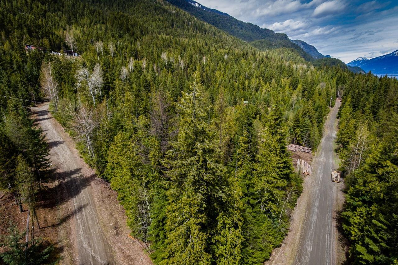 Home for sale at 3 Jacobs Subdivision Rd Unit LOT Kaslo British Columbia - MLS: 2451812
