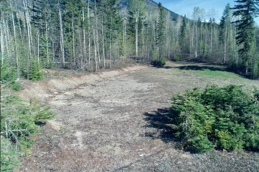 Home for sale at Lot #3 Seward Road  Golden British Columbia - MLS: 2452292