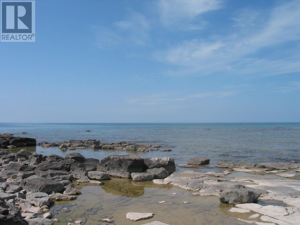 Buliding: Greenough Point Road, Northern Bruce Peninsula, ON