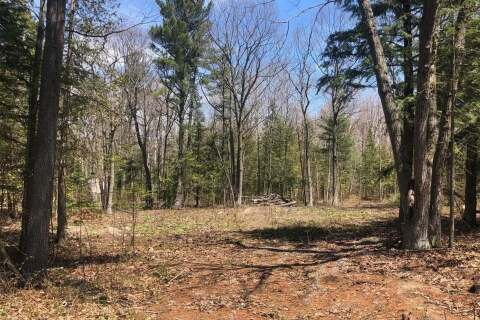 Residential property for sale at Lot 33 Trout Ln Tiny Ontario - MLS: S4807310