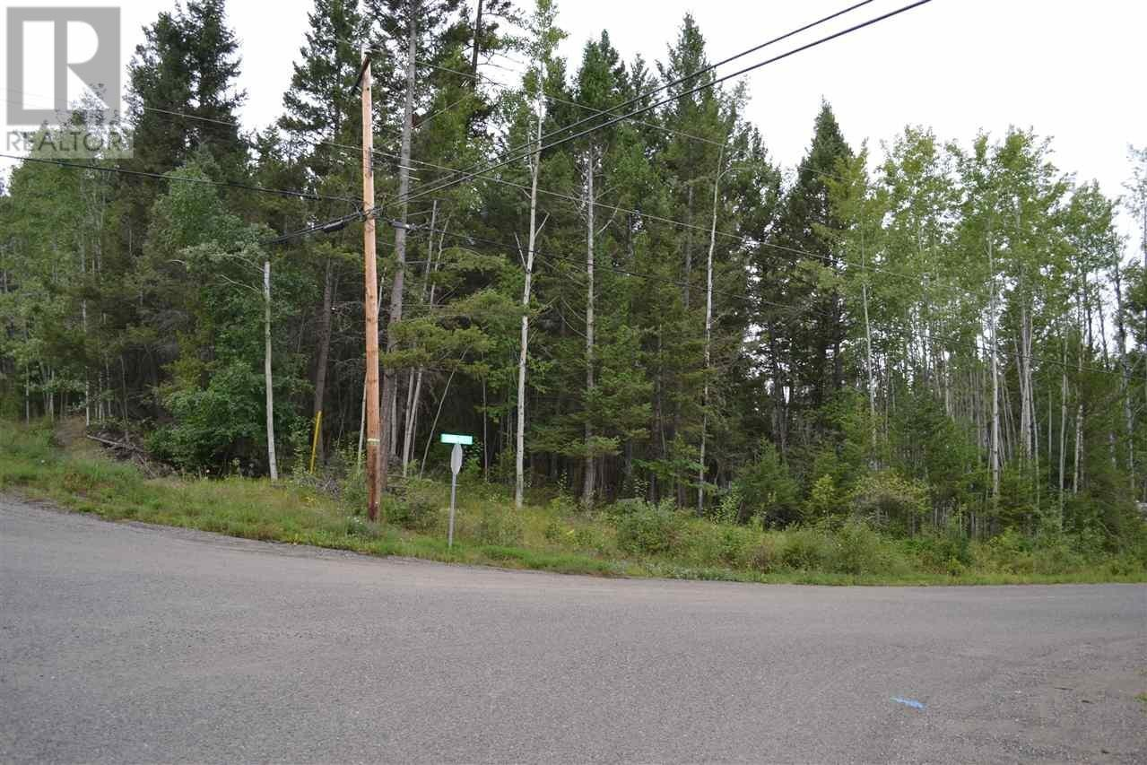 Home for sale at Lot 36 Kallum Dr 108 Mile Ranch British Columbia - MLS: R2397680