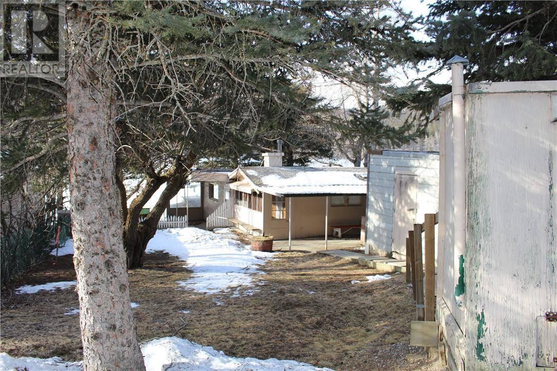 Home for sale at  Beauvais Lake Pk Unit Lot 4 Rural Pincher Creek Md Alberta - MLS: ld0190825