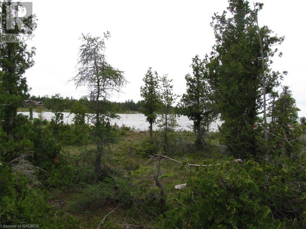 Home for sale at  Dorcas Bay Rd Unit Lot 4 Northern Bruce Peninsula Ontario - MLS: 210677