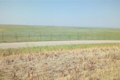 Home for sale at Lot 5 Highway 3  Coalhurst Alberta - MLS: A1045473