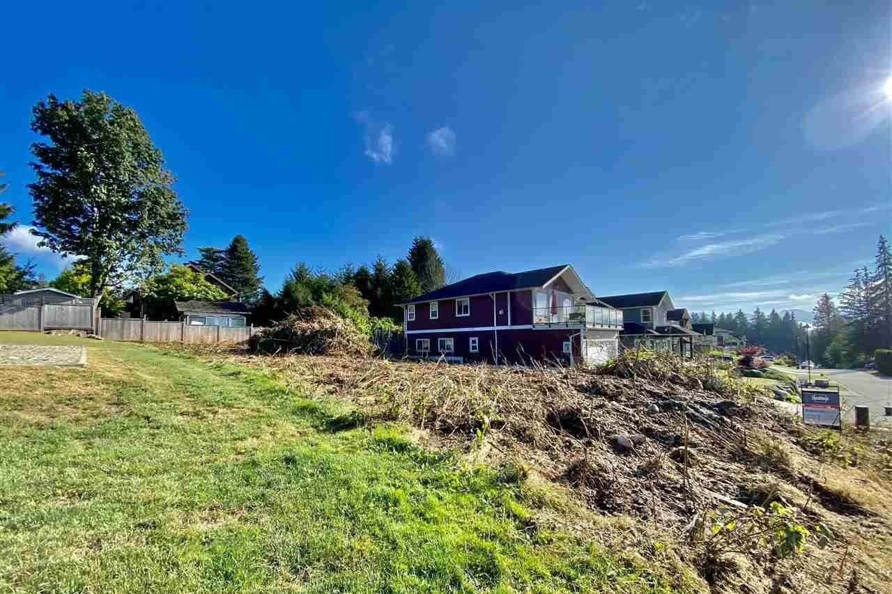 Home for sale at Lot 6 Steinbrunner Rd Gibsons British Columbia - MLS: R2489816