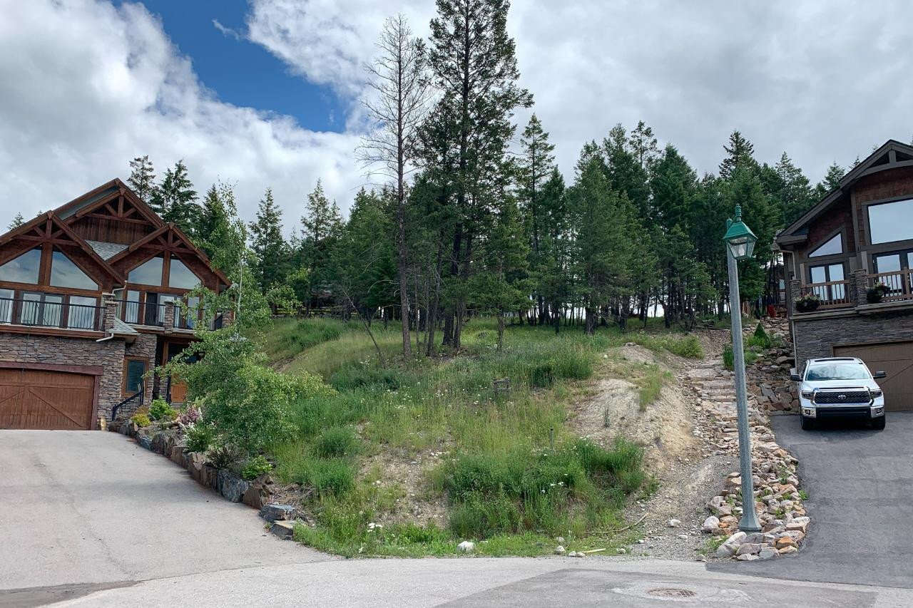 Residential property for sale at Lot 61 Sandstone Circle  Invermere British Columbia - MLS: 2453153