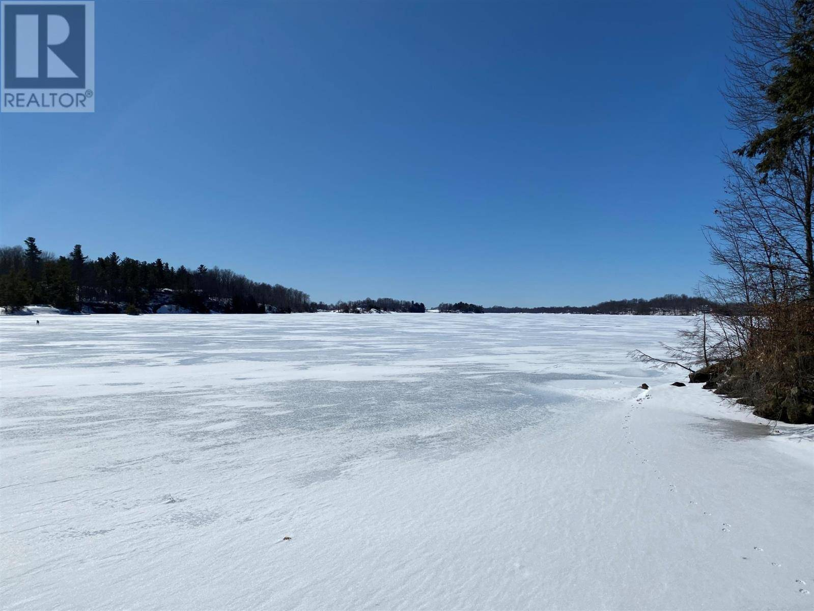 Home for sale at 7 Pine Point Ln Unit Lot 7 South Frontenac Ontario - MLS: K20001258a
