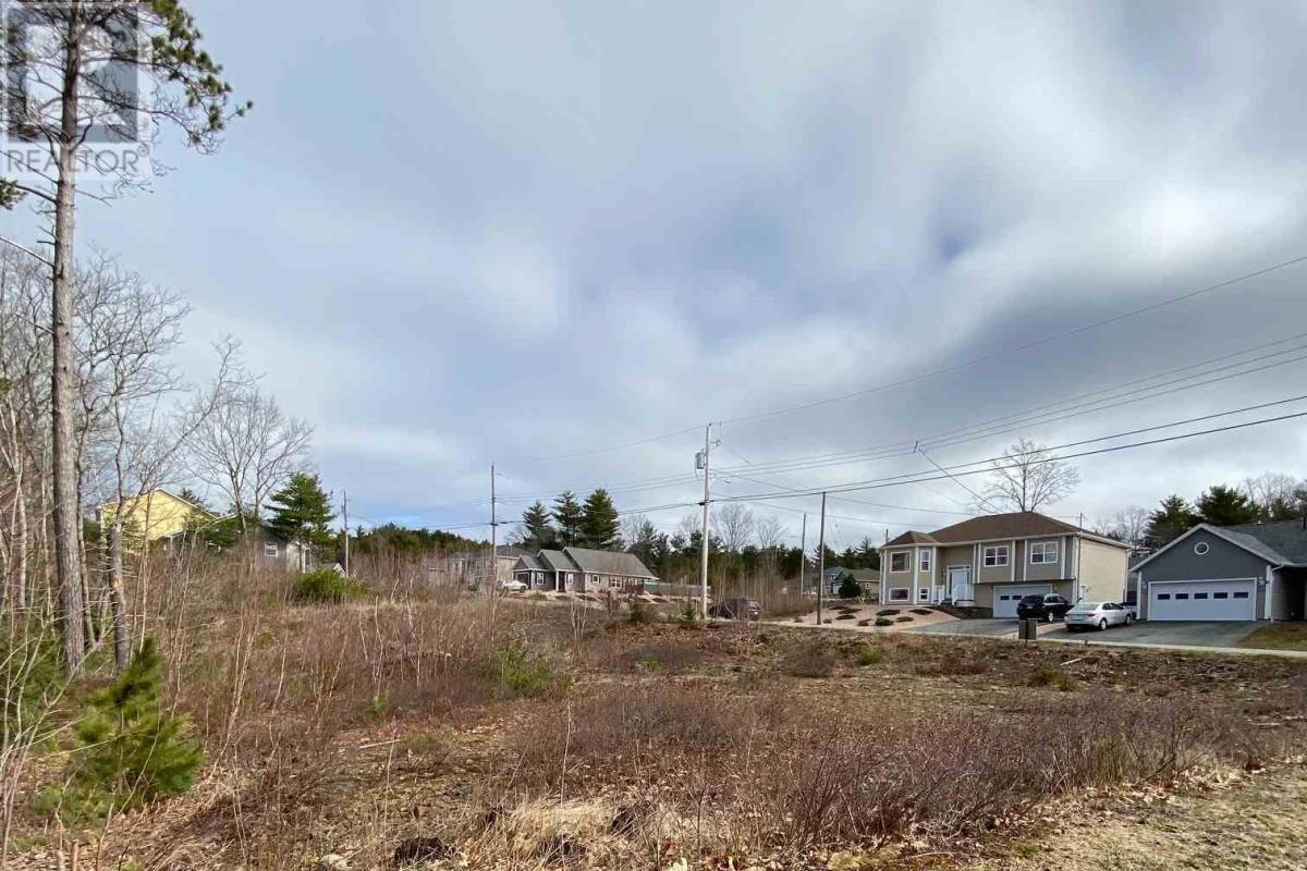Residential property for sale at 8 Acorn Dr Unit LOT Bridgewater Nova Scotia - MLS: 201711021