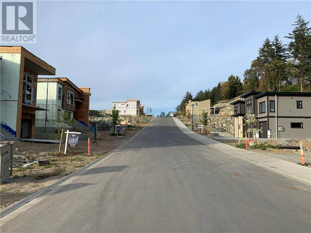 Residential property for sale at  Lone Oak Pl Unit Lot 8 Victoria British Columbia - MLS: 414297