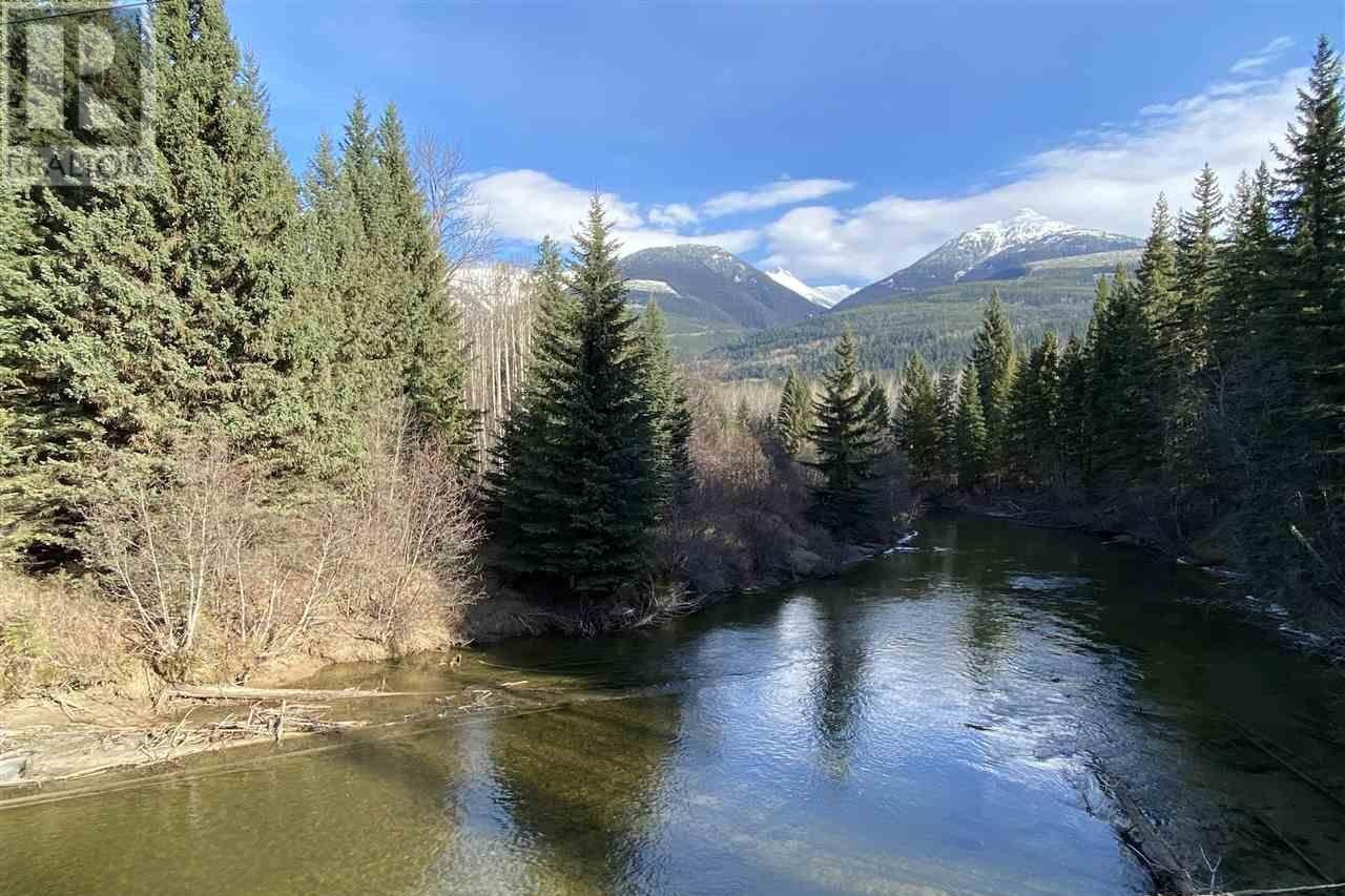 Home for sale at A Crooked Creek Rd Unit LOT Valemount British Columbia - MLS: R2515019
