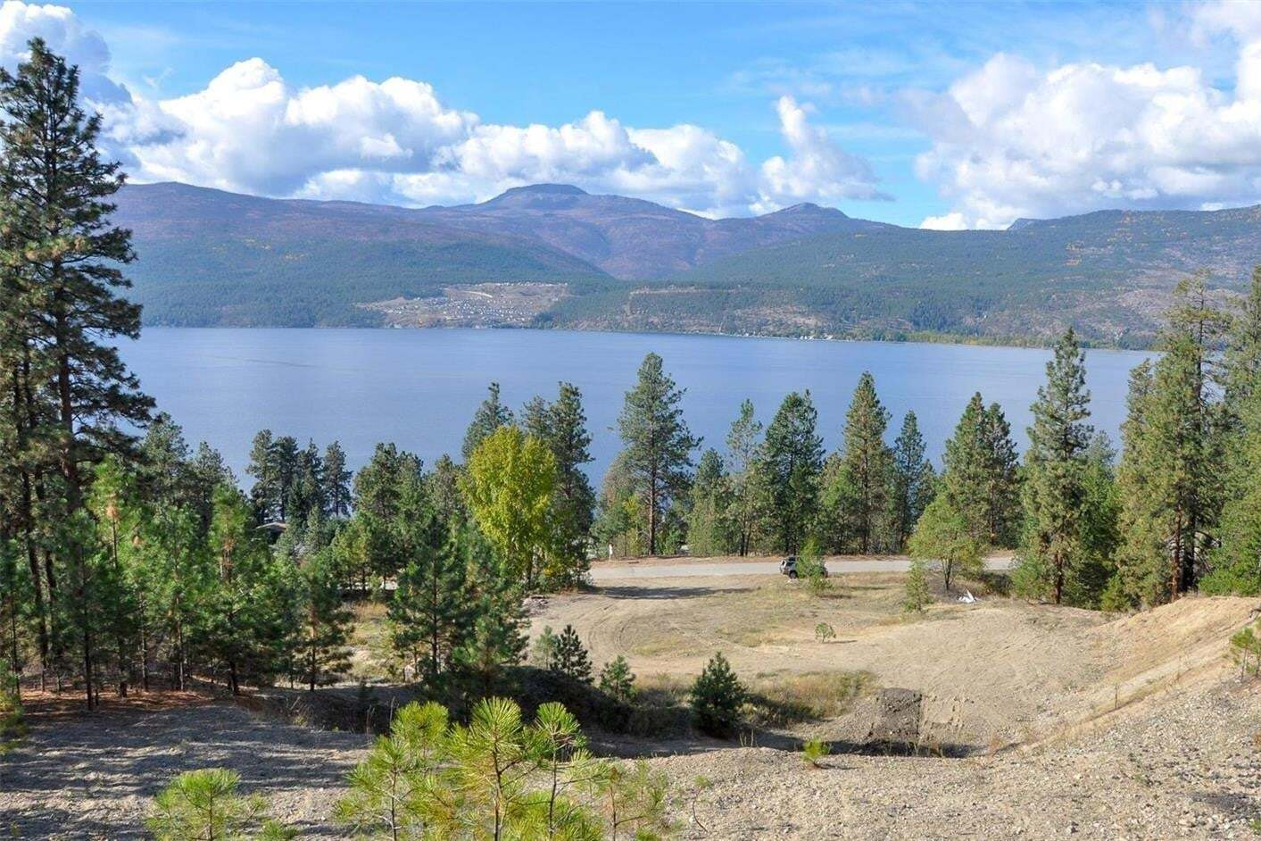Residential property for sale at Lot B Juniper Cove Rd Lake Country British Columbia - MLS: 10205220