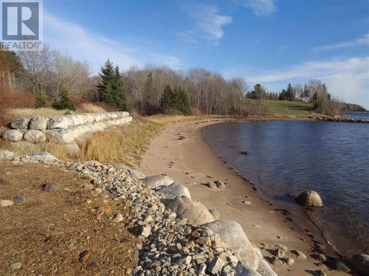 Residential property for sale at  Oakland Rd Unit Lot C&Wr2 Mahone Bay Nova Scotia - MLS: 201615703