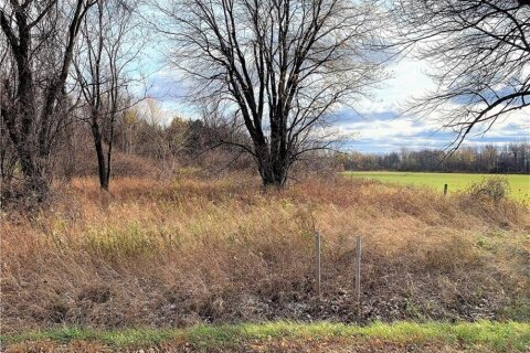 Residential property for sale at LOT South Service Rd Bainsville Ontario - MLS: 1217657
