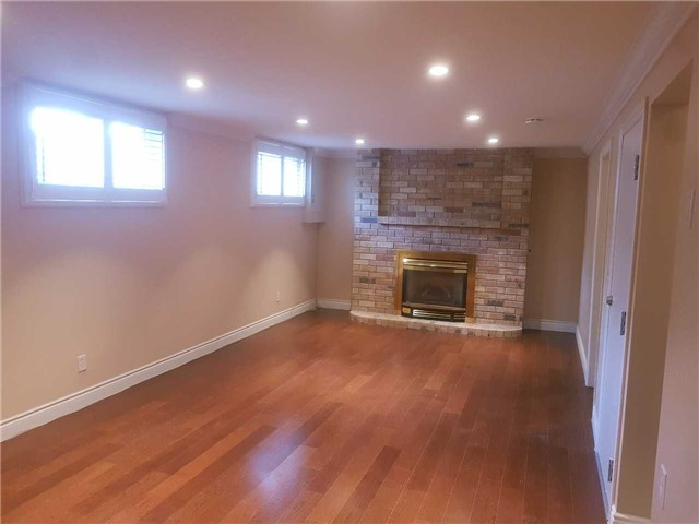 For Rent: 14 Clifton Downs Road, Hamilton, ON | 1 Bed, 1 Bath House for $1,150. See 8 photos!