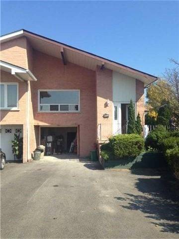 Townhouse for rent at 2541 Trident Ave Unit Lower Mississauga Ontario - MLS: W4428375