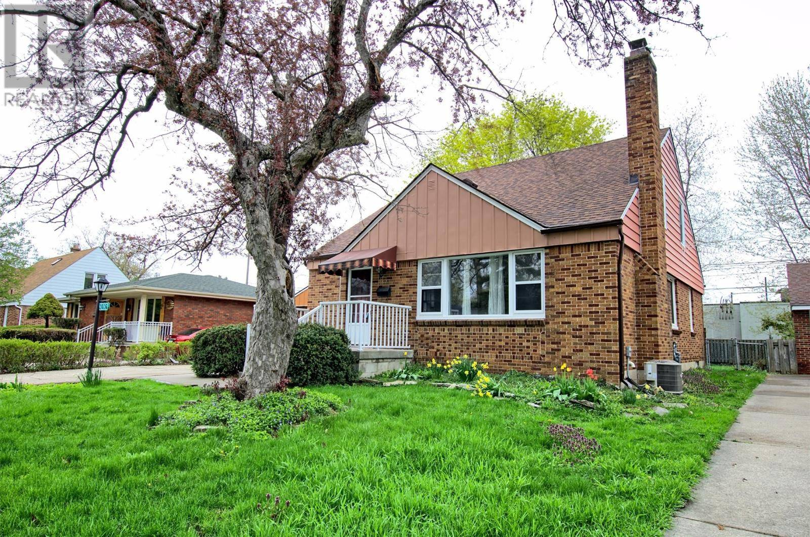 House for rent at 3036 Church St Unit LOWER Windsor Ontario - MLS: 19026555