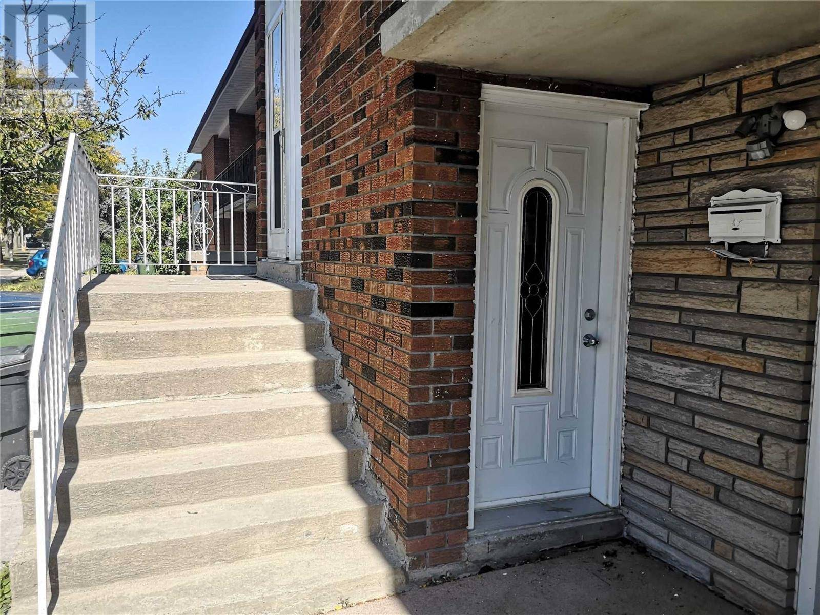 House for rent at 31 Beamsville Dr Unit Lower Toronto Ontario - MLS: E4602505