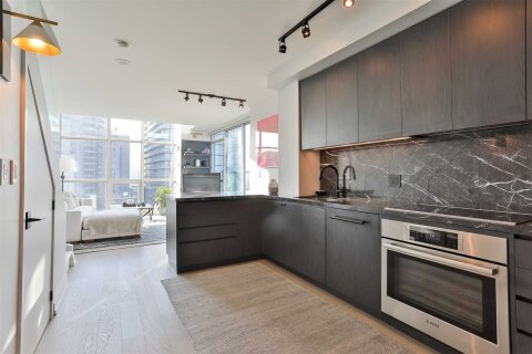 Condo for sale at 36 Blue Jays Wy Unit Lph19 Toronto Ontario - MLS: C4971956