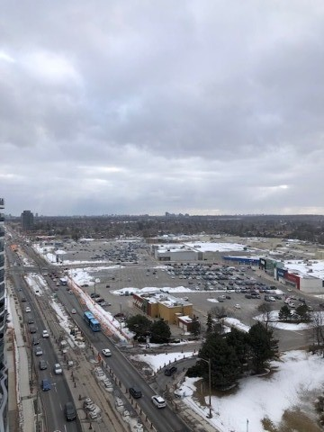 For Rent: Lph8 - 9471 Yonge Street, Richmond Hill, ON   1 Bed, 1 Bath Condo for $2095.00. See 20 photos!