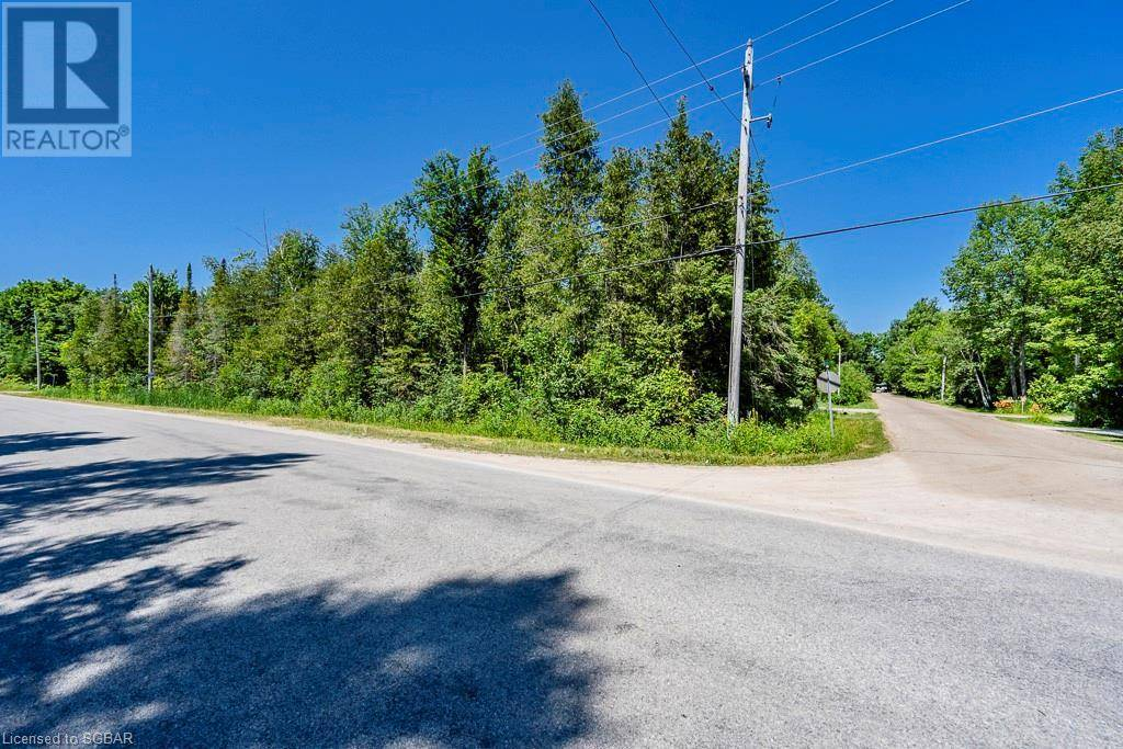 Home for sale at 142 Couchiching Cres Unit Lt Tiny Ontario - MLS: 211493