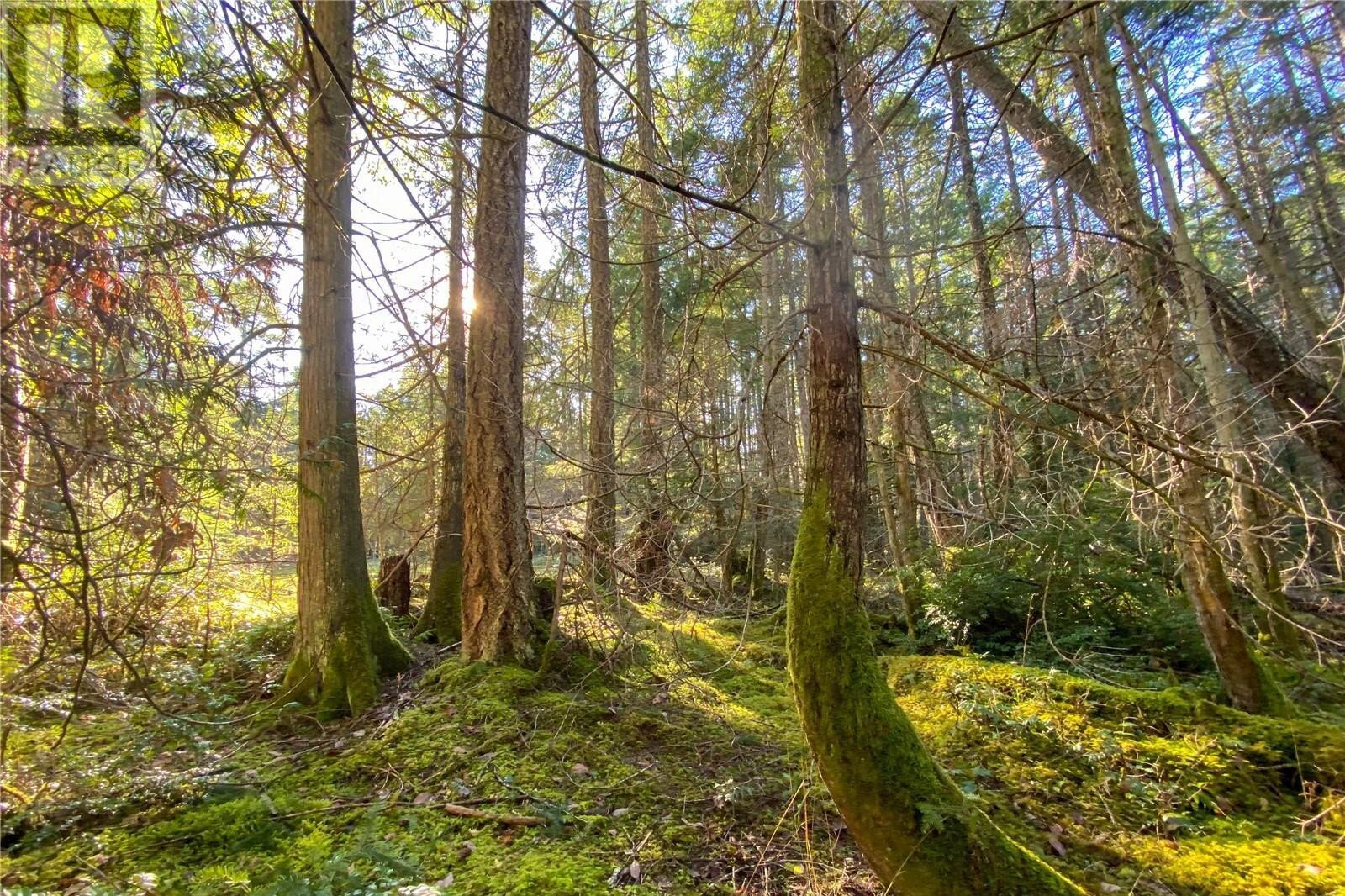 Home for sale at 2 South Rd Unit LT Gabriola Island British Columbia - MLS: 858957