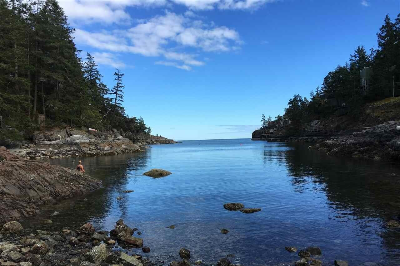 Home for sale at 22 Brooks Ln Unit LT Halfmoon Bay British Columbia - MLS: R2440433