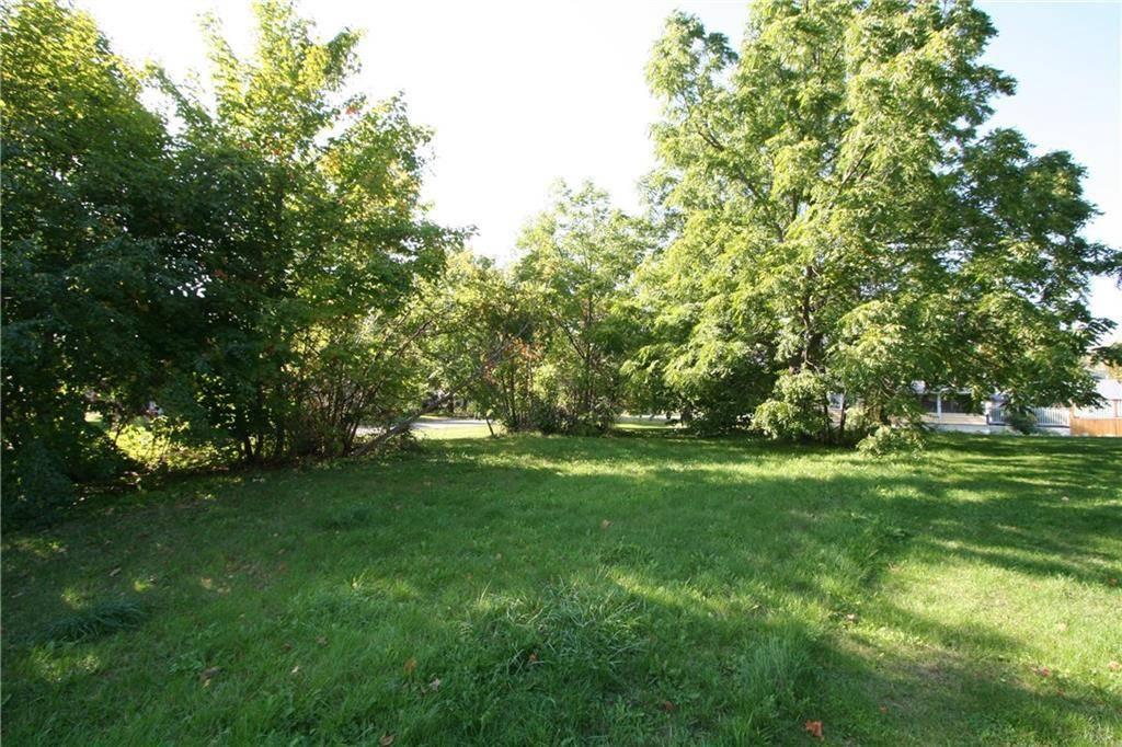 Home for sale at 82 Lakeshore Dr Unit Lt Morrisburg Ontario - MLS: 1171396