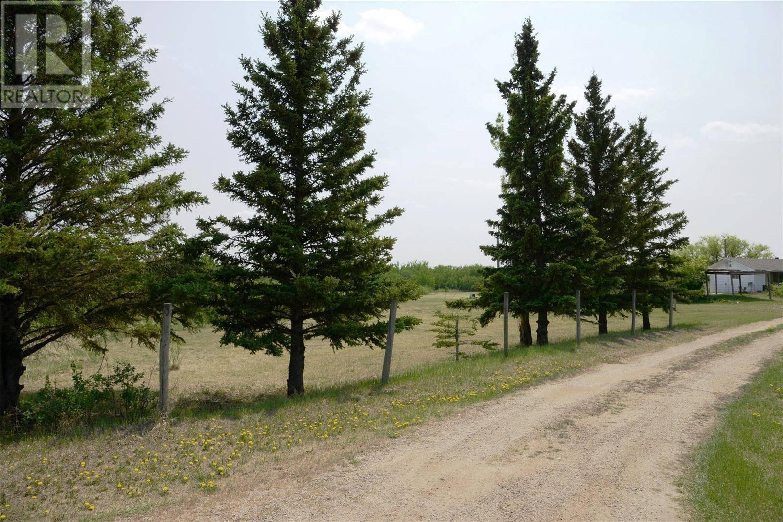 Home for sale at  Lucyshyn Acreage  Blucher Rm No. 343 Saskatchewan - MLS: SK800231