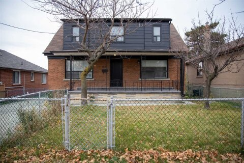 House for rent at 1010 Caledonia Rd Unit Main Toronto Ontario - MLS: W4995546
