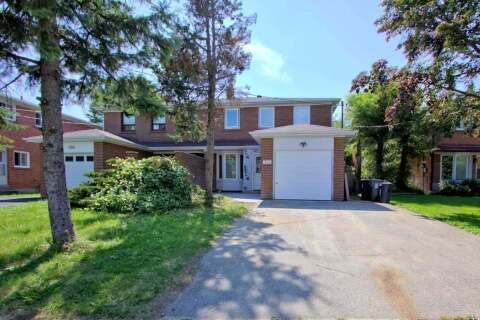 Townhouse for rent at 102 Tanjoe Cres Unit Main Toronto Ontario - MLS: C4950792