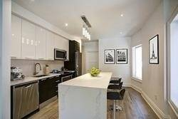 Townhouse for rent at 1053 College St Unit Main Toronto Ontario - MLS: C4547884