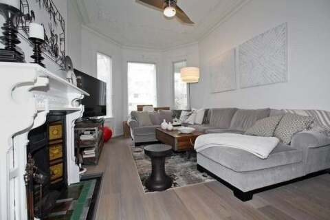 Townhouse for rent at 107 Gloucester St Unit Main Toronto Ontario - MLS: C4782419
