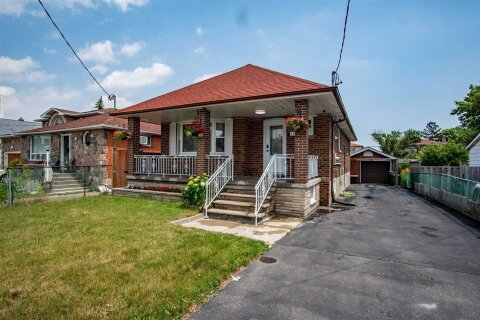 House for rent at 109 Commonwealth Ave Unit Main Toronto Ontario - MLS: E4996650