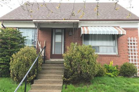 House for rent at 145 York View Dr Unit Main Toronto Ontario - MLS: W4450267