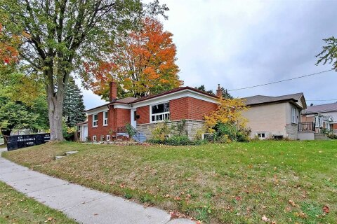 House for rent at 18 Scranton Rd Unit Main Toronto Ontario - MLS: E4949923
