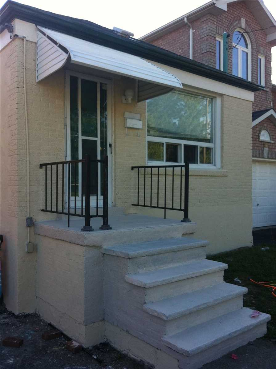 Removed: Main - 184 Magnolia Avenue, Toronto, ON - Removed on 2019-10-09 05:18:20