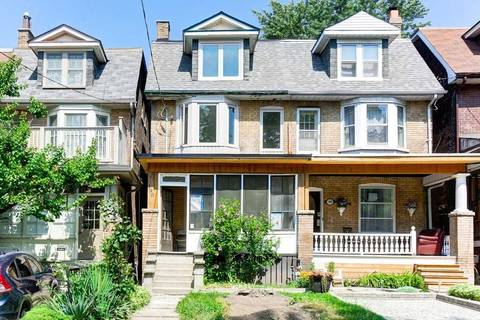 Townhouse for rent at 190 Marion St Unit Main Toronto Ontario - MLS: W4553473